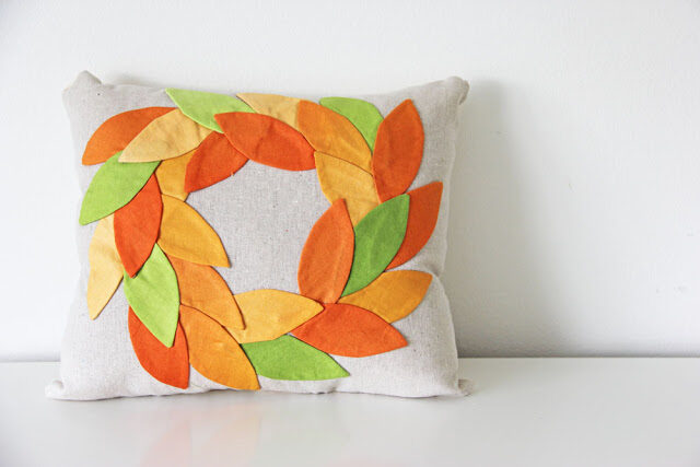 howtomakeafallwreathsimplycolorvandcofabric2-6412397